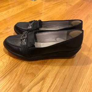 Life Stride Shoes - Life Stride Flex Comfort Flats size 6